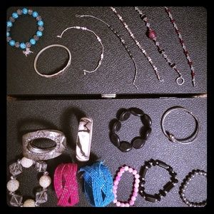 Jewelry - 2 for $25 - Lot of bracelets